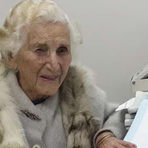 Educação - Idosa de 97 anos se forma em direito: vitória!