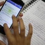 Educação - Aluno processa professor por celular retirado em sala de aula e perde