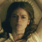 Cinema - Rose Leslie (Ygritte, Game of Thrones) no terror: Honeymoon, 2014. Trailer legendado. Sinopse: