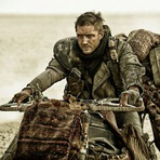 Cinema - A hora do rush no primeiro trailer de Mad Max: Fury Road
