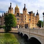 Arte & Cultura - Fã de castelos? Que tal conhecer 13 dos mais interessantes do mundo?