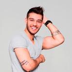 Lucas Lucco faz parceria com Anitta no clipe de Beijar à Queima Roupa