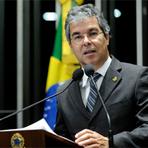 Política - Jorge Viana faz discurso nauseante para defender o PT das acusações de fraude na CPI da Petrobras