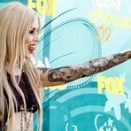 Tendência de Tatuagens maiores podem ter consequências preocupantes Saúde