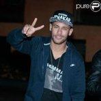Celebridades - Neymar foi multado por excesso de velocidade; carro custa R$ 700 mil