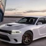 Dodge lança charger srt hellcat, o sedã mais potente do planeta