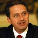 Política - Eduardo Campos será enterrado no túmulo do avô Miguel Arraes
