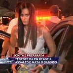 Curiosidades - Mulher protesta de calcinha e sutiã na Marginal Tietê