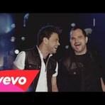 Zezé Di Camargo e Luciano - Flores em Vida (Video Clipe Oficial)