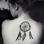 Tatuagens femininas de Filtro dos Sonhos: significado, fotos e ideias