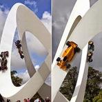 Curiosidades - As surpreendentes esculturas de carros de Gerry Judah
