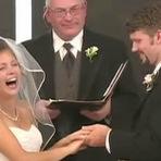 Humor - Noiva tem ataque de risos na hora do SIM em seu casamento