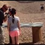 Vídeo: Menina de 9 anos matou um instrutor de tiros por acidente nos EUA