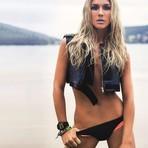 Celebridades - Fiorella Mattheis posa sensual e fala do 'Vai que cola': 'Humor não era minha praia'