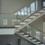 Diversos - Veja corrimão de escada de blindex