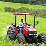 Trator agrícola para zona rural de Santana da Vargem MG