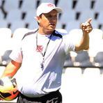 Goleada do Avaí por 5 a 0 derruba treinador Tucano Adilson Batista do Vasco