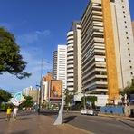 Fortaleza: caminhando pela Avenida Beira Mar