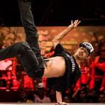 Arte & Cultura - O brasileiro B-boy Luan avança na maior batalha de breakdance e compete pelo título mundial