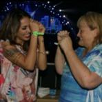 Alinne Rosa dança com Mãe dos filhos de Michael Jackson
