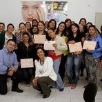 Fundo Social de Juquiá faz entrega dos certificados à 5ª turma de formandos do Pólo de Beleza.