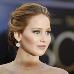 Apple em silêncio após falha que permitiu acesso a fotos de celebridades