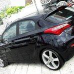 Hyundai HB20 estiloso, aro 18 e rebaixado