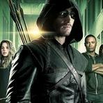 Celebridades - Arrow - Beijos e flechadas em novo comercial da terceira temporada.
