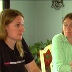 Professora lésbica diz ter sido demitida ao anunciar gravidez