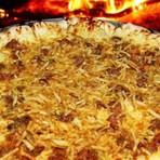 Receita de Pizza de estrogonofe de carne com batata palha