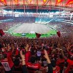 Futebol - TORCIDA DO FLA PREPARA MÚSICA DIANTE DO GRÊMIO: