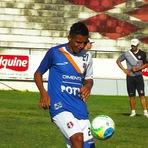 Futebol - Nininho quer voltar a ser titular