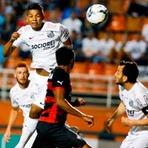 Futebol - David Braz Brilha E Santos Vence O Vitória No Pacaembu.