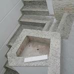 Escada de mármore em São Paulo - Marmoraria Thassos