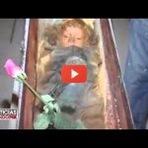 BIZARRO: MENINA MUMIFICADA A 92 ANOS ABRE E FECHA OS OLHOS! (VÍDEO)