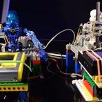 A primeira banda do mundo constituída por robôs LEGO