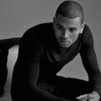 Chris Brown faz parceria com Ariana Grande na música Don't Be Gone Too Long