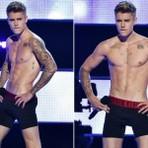 Justin Bieber fica só de cueca no palco do Fashion Rocks