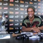 Futebol - Do Barcelona ao Querétaro: valor de mercado de Ronaldinho despenca no México
