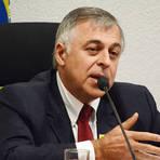Política - Ex-diretor cita outros políticos envolvidos com suposto esquema de corrupção na Petrobras, diz revista