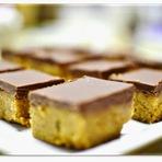 Quadradinhos de Amendoim Com Cobertura de Chocolate