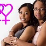 É O FIM DO MUNDO: Mãe e filha assumem relacionamento homossexual