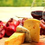 Cestas de queijos e vinhos, flores e felicidade em Nova Jersey
