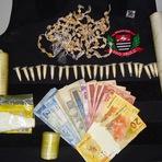 Polícia Civil desarticula ponto de venda de drogas em Cajati-SP