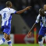 Futebol - FC Porto faz história na Europa, Zahovic castiga Sporting