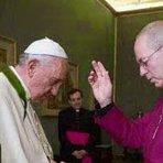 Lider da Igreja Anglicana que deu benção ao Papa, duvida da existência de Deus