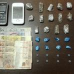 Jovens são presos em flagrante por tráfico de drogas no centro de Balneário Camboriú