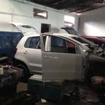 Contos e crônicas - Polícia estoura desmanche de carros em Navegantes