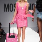 Moschino leva o mundo da Barbie à Semana de Moda de Milão