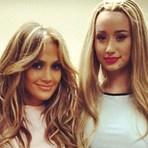 Música - Jennifer Lopez e Iggy Azalea sensualizam no vídeo da música Booty